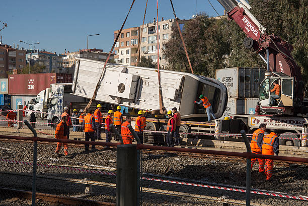 metro accident - derail bildbanksfoton och bilder