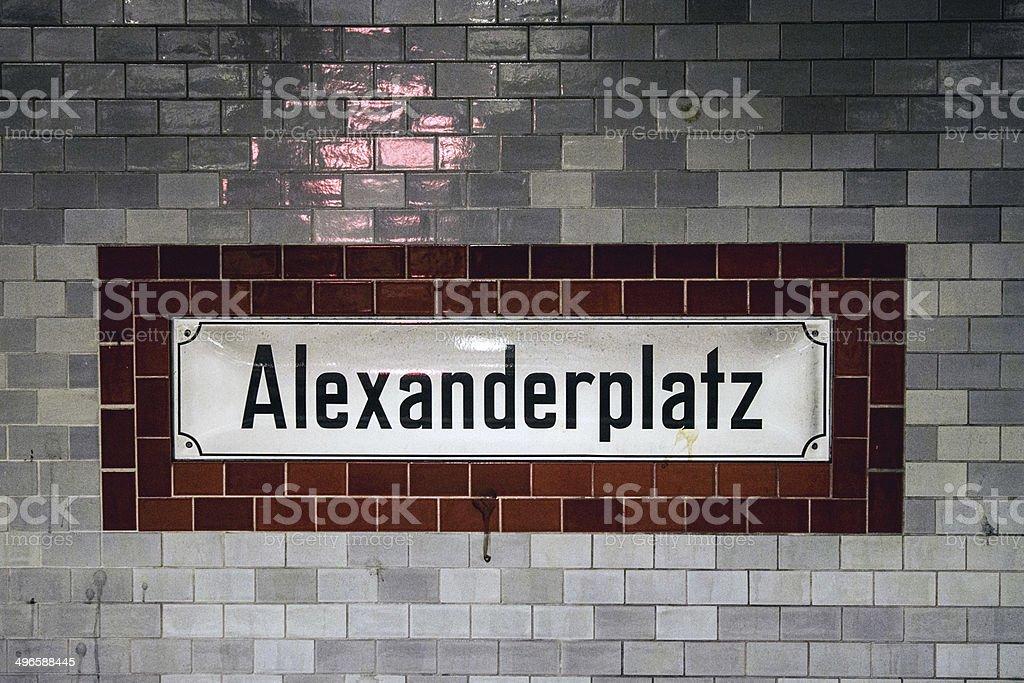 U-Bahn-Haltestelle Alexanderplatz – Foto