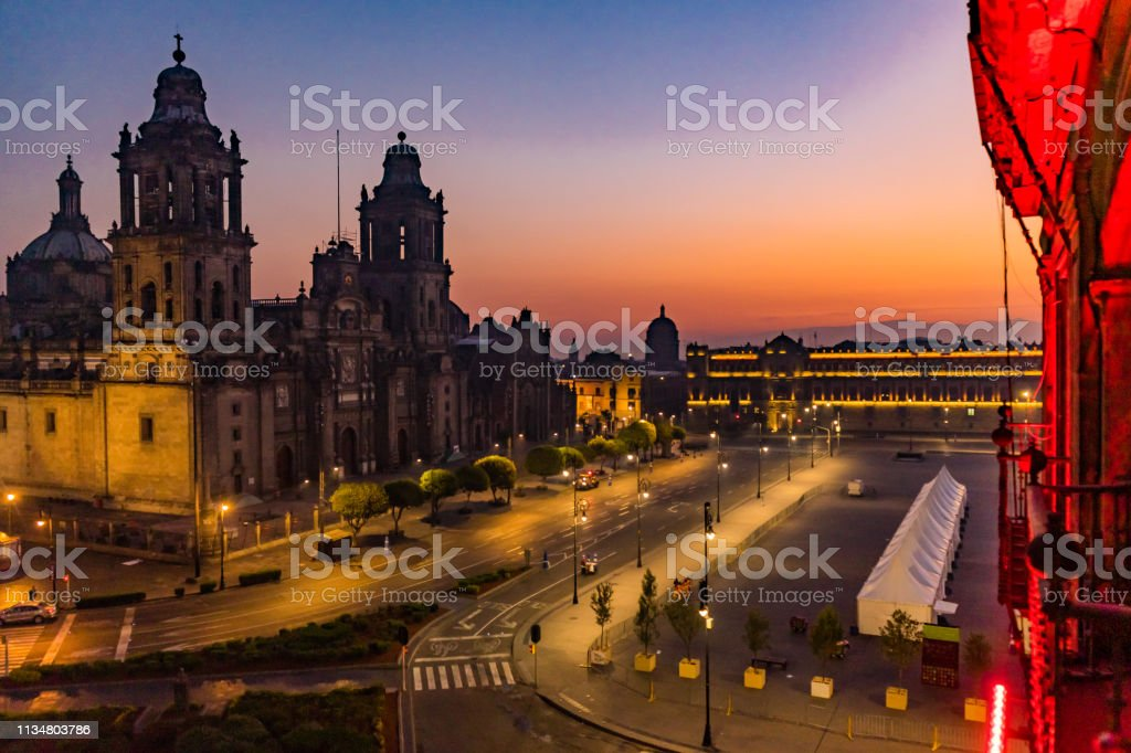 Metropolitan Cathedral and President\'s Palace in Zocalo, Center of...