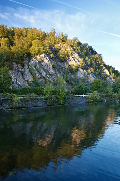 meuse valley - maasvallei stockfoto's en -beelden