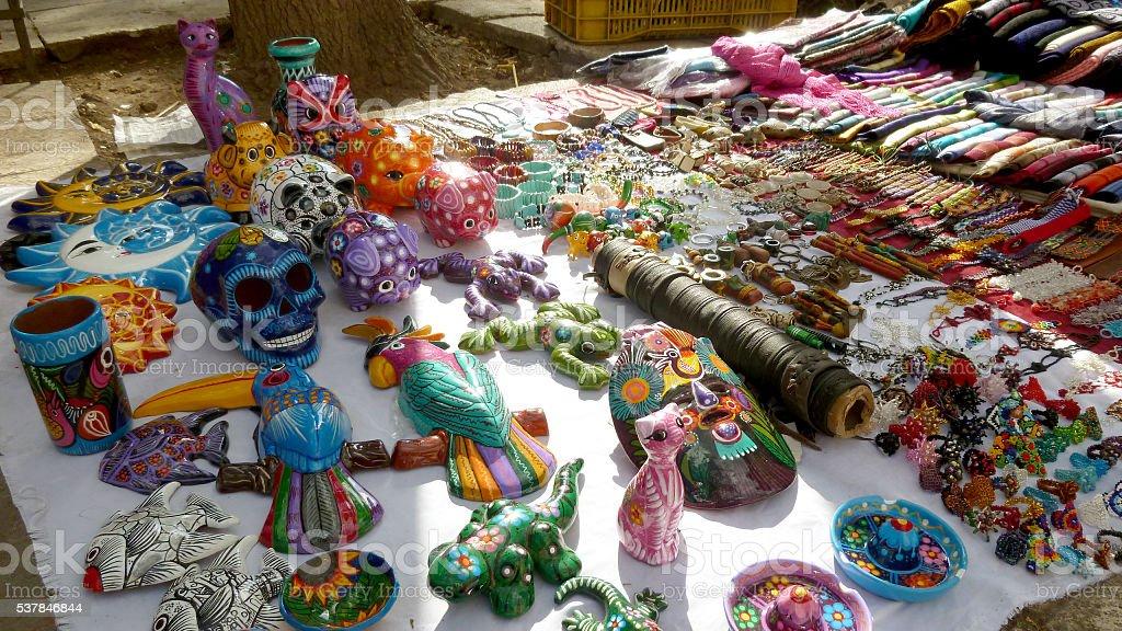 Armario De Quarto Solteiro Casas Bahia ~ Foto de Artesanato Mexicano Números E Objetos e mais banco de imagens de América Latina iStock