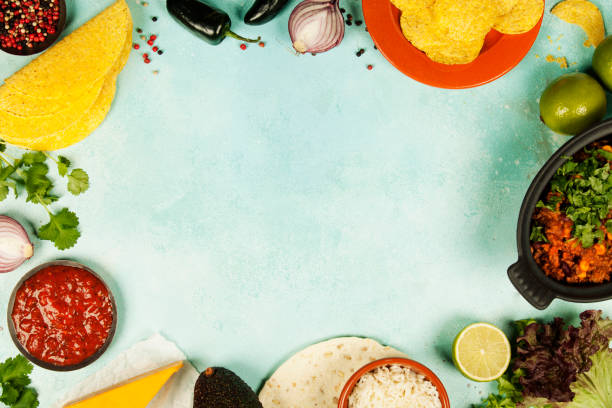 cuisine mexicaine plats - tacos photos et images de collection