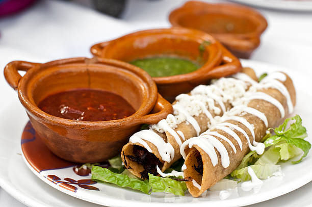 Mexicana Taquitos (flautas - foto de stock