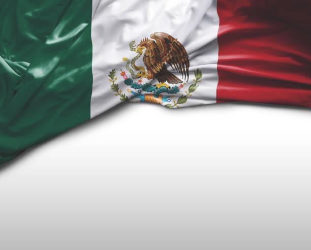 bandera que agita de méxico - bandera mexico fotografías e imágenes de stock