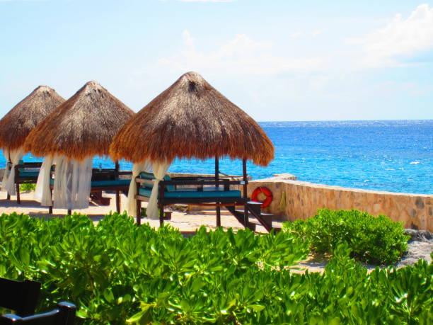 mexico beach-szene - tipi bett stock-fotos und bilder