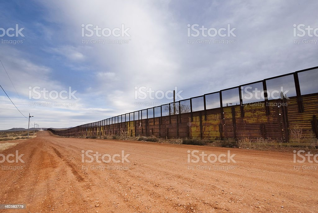 EUA-fronteira do México muro - foto de acervo