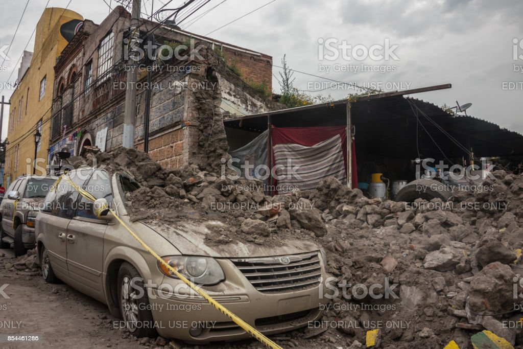 Mexico earthquake 09/19: Aftermath in Xochimilco stock photo