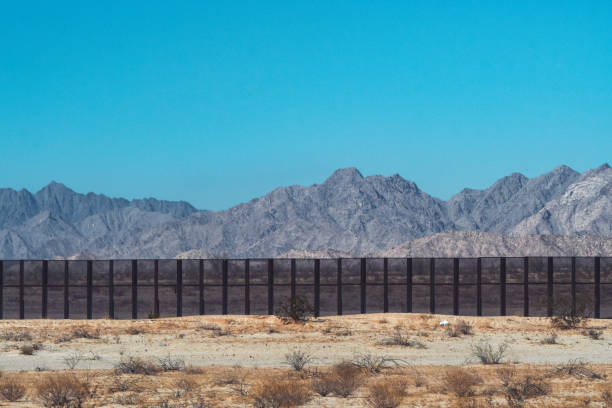 mexico - usa border wall mexico - usa border wall department of homeland security stock pictures, royalty-free photos & images