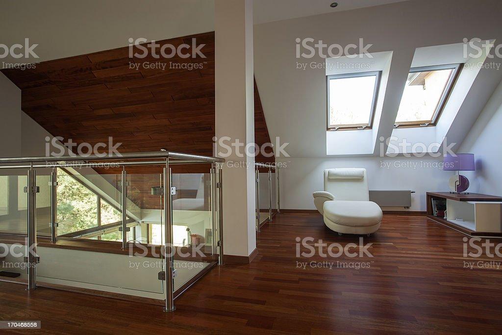 Mezzanine In Einem Modernen Haus Stockfoto und mehr Bilder von ...