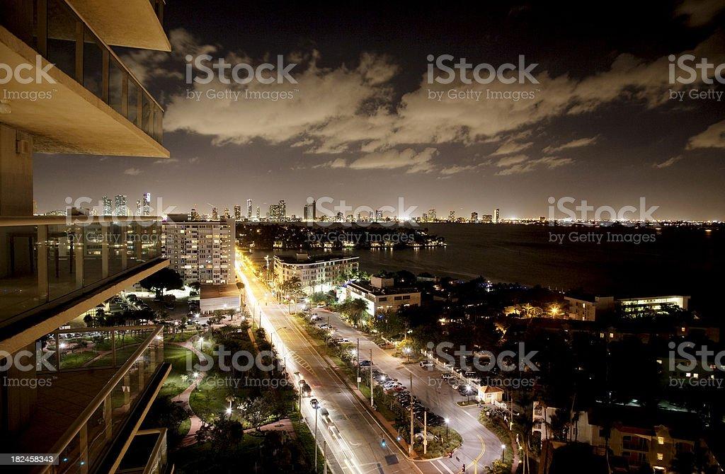De Miami por la noche foto de stock libre de derechos
