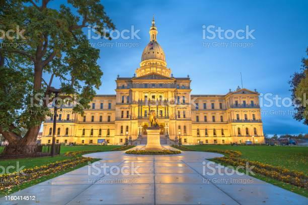 Michigan state capitol picture id1160414512?b=1&k=6&m=1160414512&s=612x612&h=ff1zox3 x obugwphfafywqgyuhmhmt1fvro8dbkzwo=