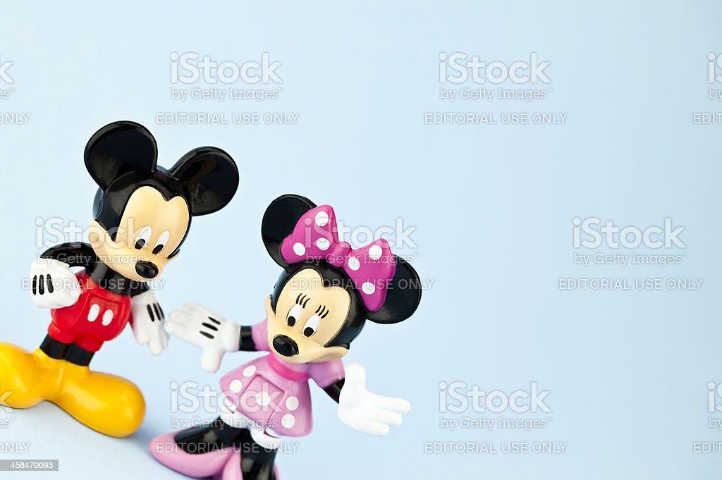 ミッキーとミニーのマウス 2匹のストックフォトや画像を多数ご用意 Istock