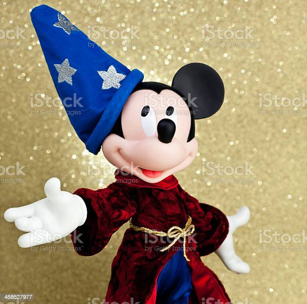 Mickey mouse as the sorcerers apprentice picture id458527977?b=1&k=6&m=458527977&s=612x612&h=kgwrhjitvor1afcuab034p9shrd4xh15kokvoeu gvo=
