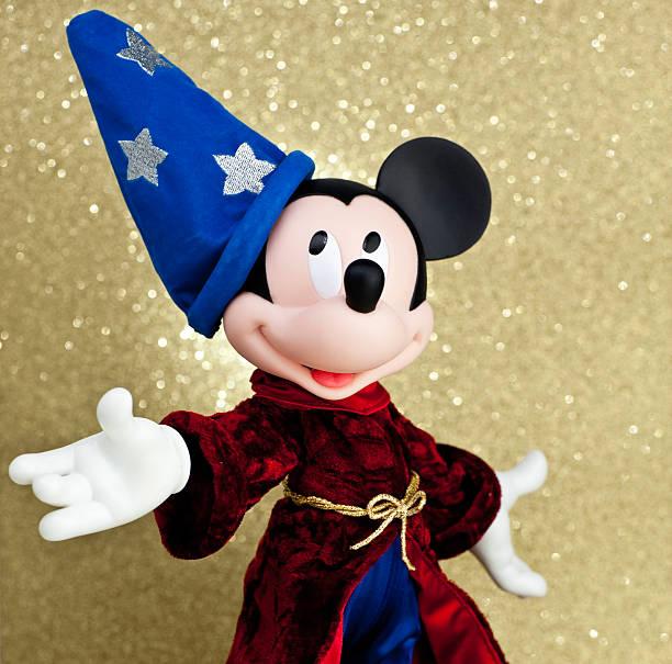 Mickey mouse as the sorcerers apprentice picture id458527977?b=1&k=6&m=458527977&s=612x612&w=0&h=dkzgabw zddh eucwcsut9h9nt9dlqsa744uiostbu4=