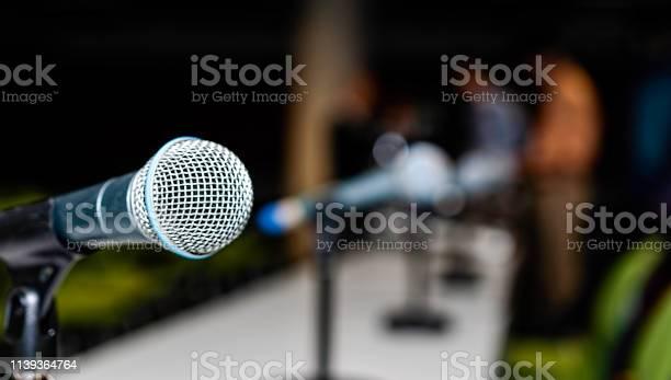 Microphone on a table picture id1139364764?b=1&k=6&m=1139364764&s=612x612&h=dymgbqdgf 8ixzsw8dw6x2wkg8tzs qob4ffmea6a6i=