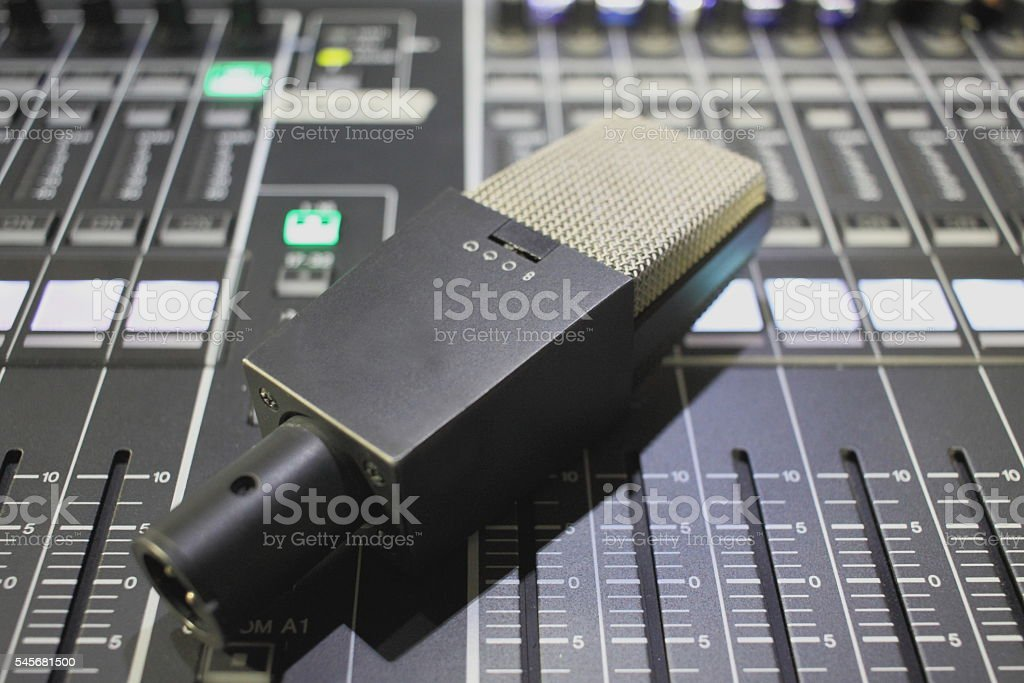 microphone on mixer