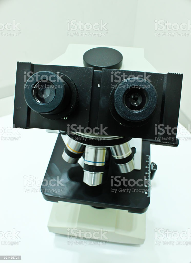 Microscope Isolated on the White Background photo libre de droits