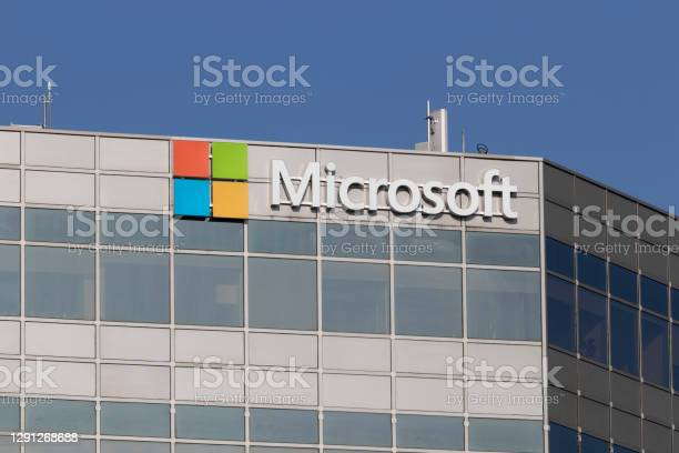 Microsoft Sales Office Microsoft Plans For A Future Beyond The Xbox Surface And Cloud Computing Stock Photo - Download Image Now