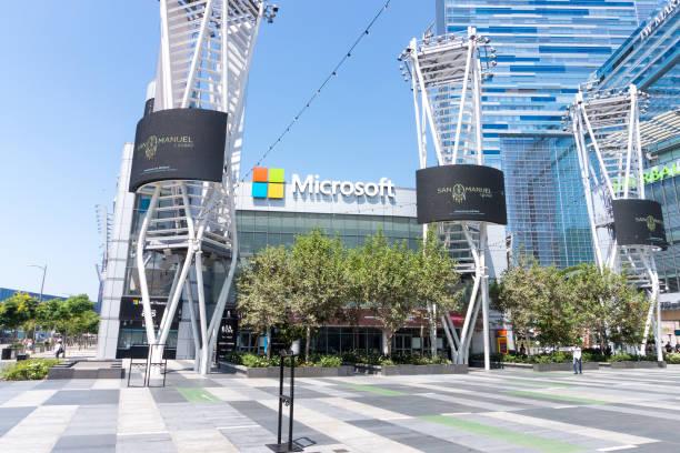 Microsoft theater in downtown it is a music and theatre arena that picture id917067110?b=1&k=6&m=917067110&s=612x612&w=0&h=p0qdqgzzpphb2jpnxbf3qz j 4huflmatta3qmye9pi=