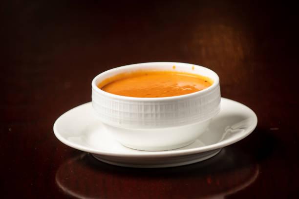 orta doğu restoran gıda domates çorbası stok fotoğrafı