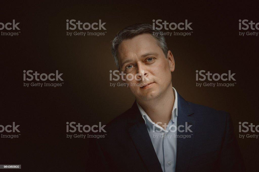 Retrato do médio empresário envelhecido - Foto de stock de 40-49 anos royalty-free