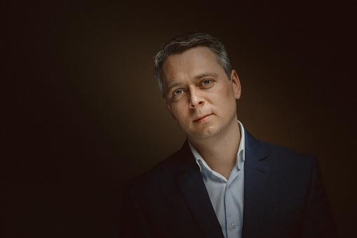 Foto de Retrato Do Médio Empresário Envelhecido e mais fotos de stock de 40-49 anos