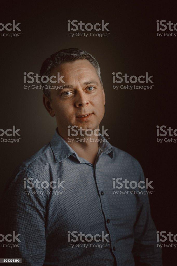 Retrato de homem envelhecido Médio - Foto de stock de 40-49 anos royalty-free
