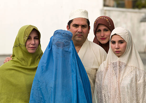 Middle eastern family Middle eastern group of people Afghanistan stock pictures, royalty-free photos & images