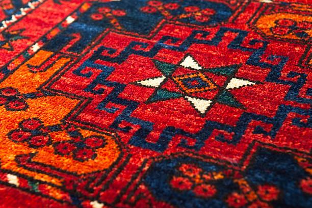 middle eastern teppich - teppich geometrisch stock-fotos und bilder