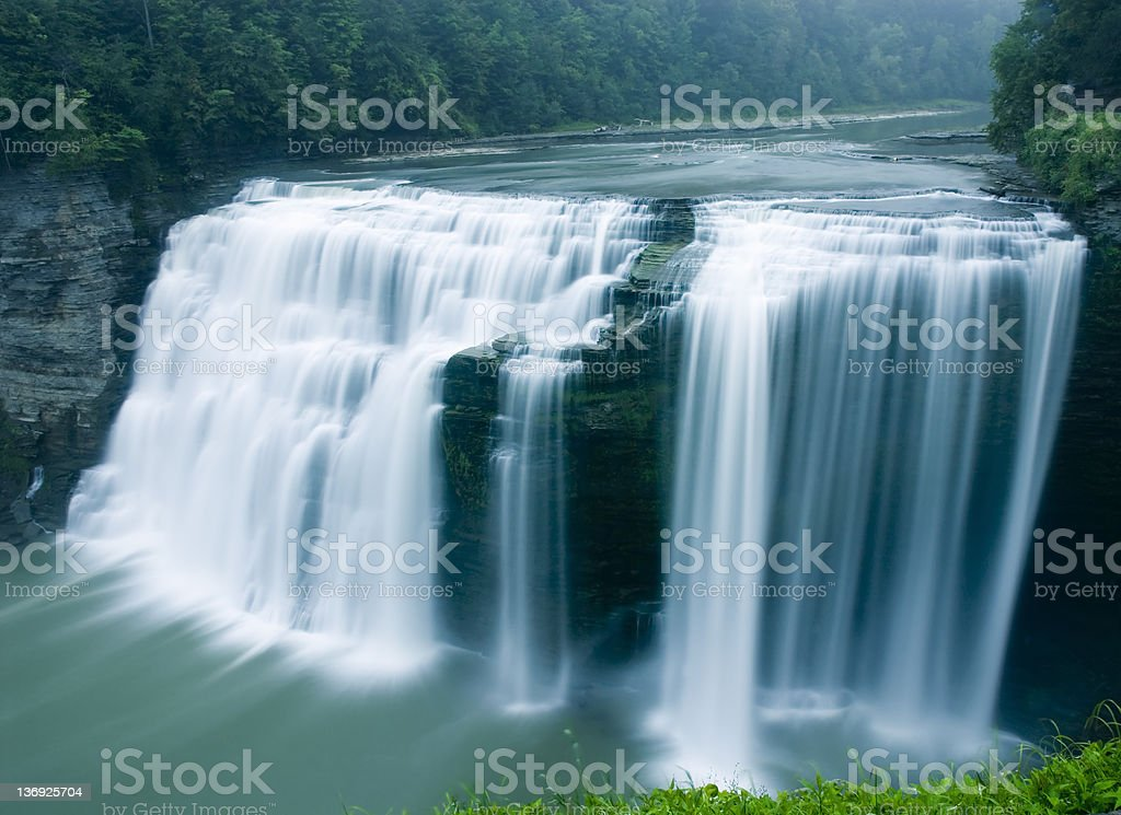 Middle Falls, Genesee River, Letchworth State Park, New York stock photo