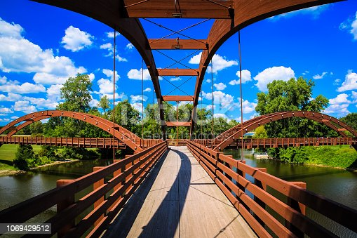 istock Midland Tridge. Three-sided bridge in Midland, Michigan, USA. 1069429512