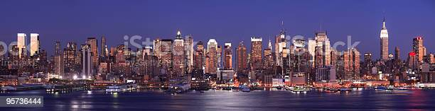 Manhattan Nueva York Foto de stock y más banco de imágenes de Centro de Manhattan