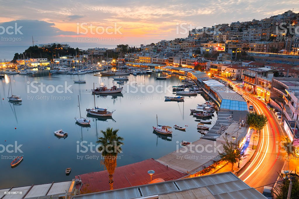 Mikrolimano marina in Athen. – Foto