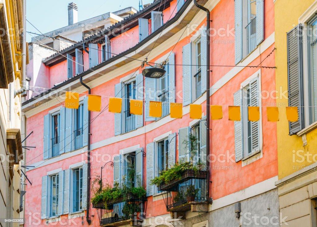 Milan, Italian pink facade - foto stock