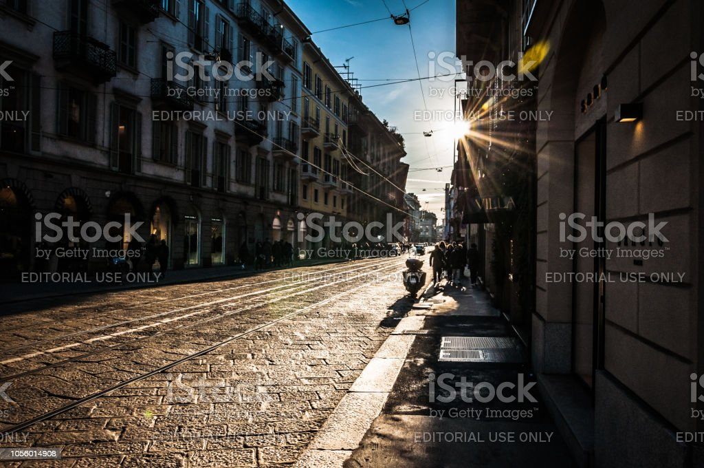 Milan, Italy - 30 Dec, 2017 - Spectacular view on the ancient street in Milan - foto stock