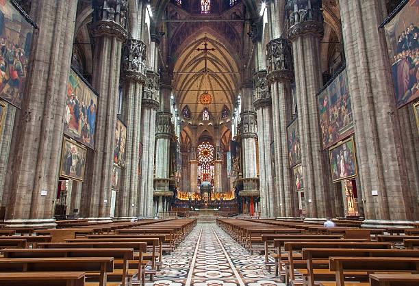 milan - main nave of duomo or cathedral - katedral bildbanksfoton och bilder