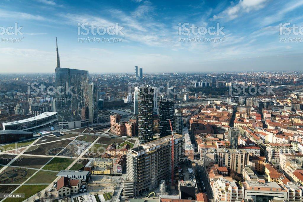 Milan Skyline und Blick auf die Porta Nuova Geschäftsviertel in Italien – Foto