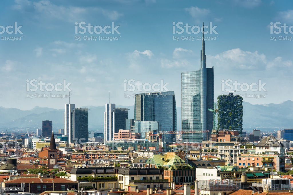 Milan skyline with modern skyscrapers - foto stock