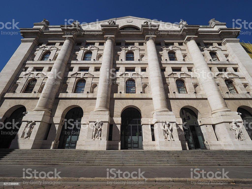 Borsa di Milano a Milano - Foto stock royalty-free di Ambientazione esterna