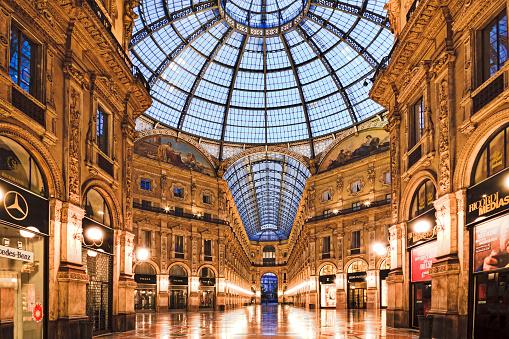 Milan Vittorio Gallery Inside