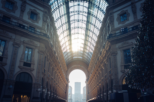 Milano Blue Skies: Galleria Vittorio Emanuele II