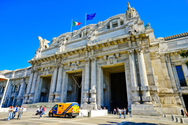 milano centrale railway station in a sunny day in milan - milan railway foto e immagini stock