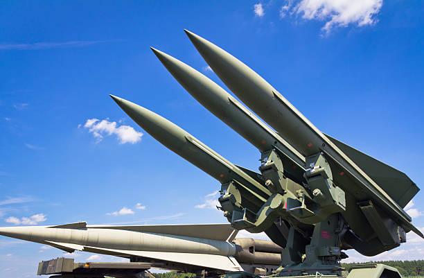 armée de l'air de missiles - rocket photos et images de collection