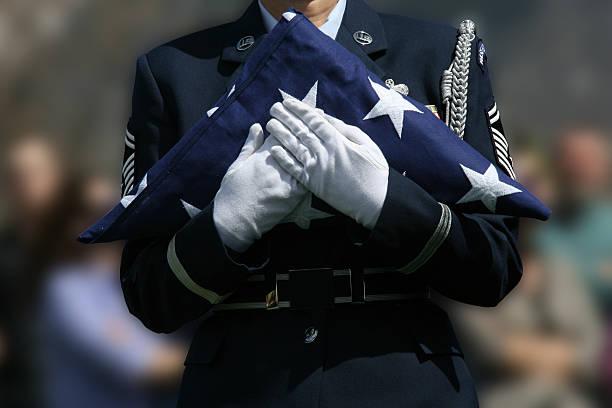 военный похороны - memorial day стоковые фото и изображения