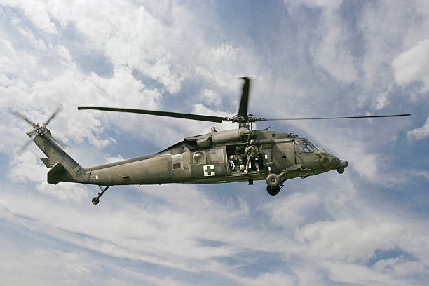 military medical blackhawk helicopter - emergency response stock pictures, royalty-free photos & images