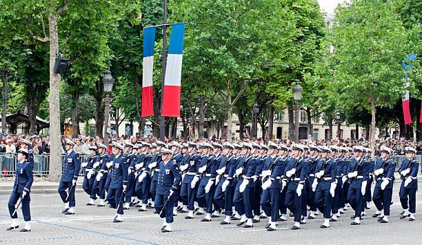 parade militaire en Fête du 14 juillet - Photo
