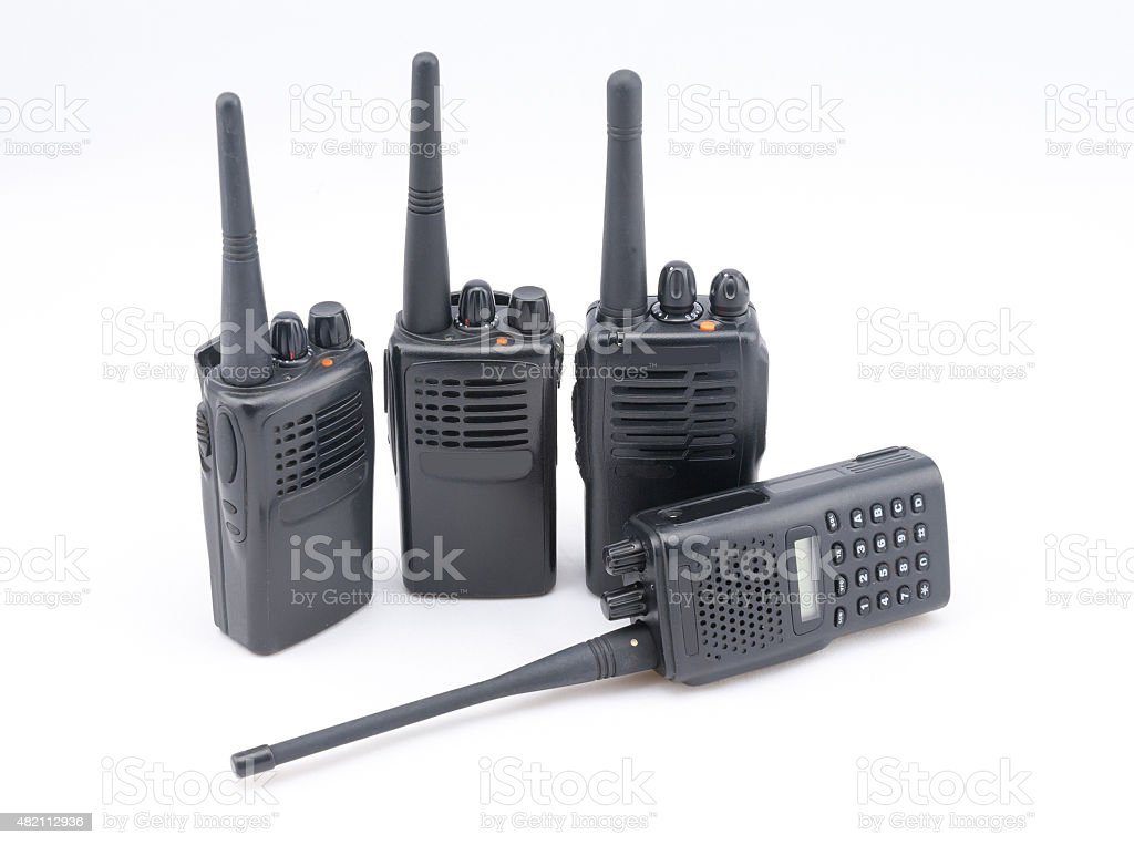Militär Tragbares radio isoliert auf weißem Hintergrund – Foto