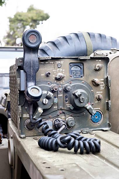 Receptor militar Transmissor de rádio - foto de acervo