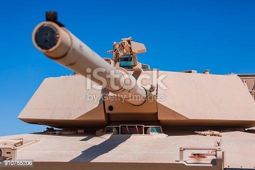 istock Military tank 910755206