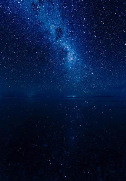 天の川銀河 や流れ星。0386311 - 七夕の写真 ストックフォトと画像